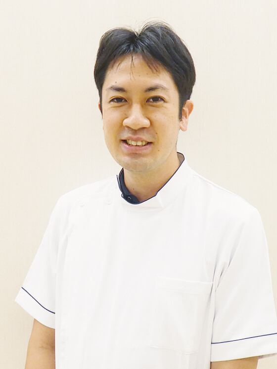 山﨑 哲司医師の写真