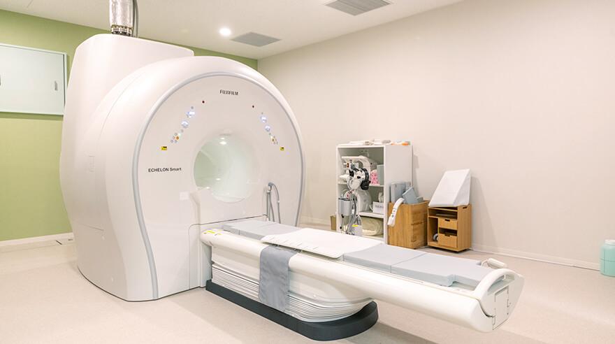 1.5T(テスラ) MRI ECHELON Smart Plusの写真